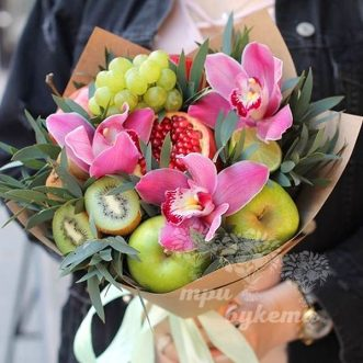 buket-iz-vinograda-i-orhidej